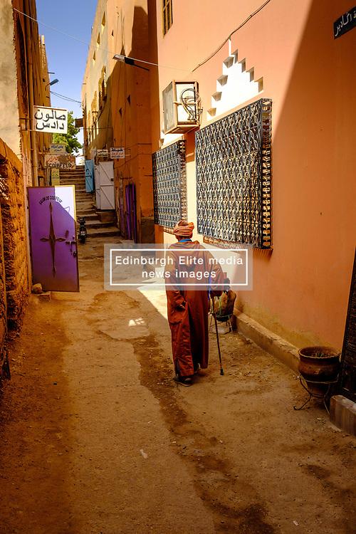 An old man walks up a side street in Tinghir, Morocco<br /> <br /> (c) Andrew Wilson | Edinburgh Elite media