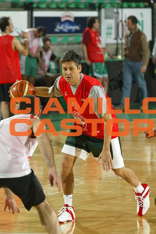DESCRIZIONE : Treviso Join the Game Alice Cup 2006 <br /> GIOCATORE : Pressacco <br /> SQUADRA : <br /> EVENTO : Join the Game Alice Cup 2006 <br /> GARA : <br /> DATA : 19/01/2006 <br /> CATEGORIA : Penetrazione <br /> SPORT : Pallacanestro <br /> AUTORE : Agenzia Ciamillo-Castoria/G.Ciamillo