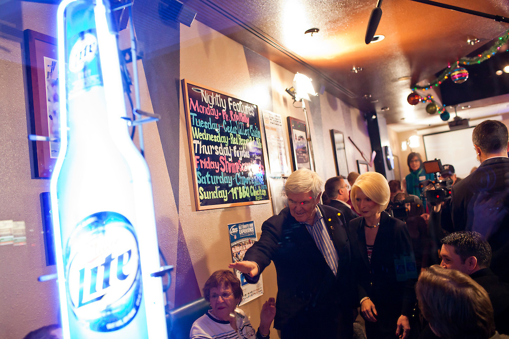 Republican presidential candidate Newt Gingrich meets with voters at LJ's Neighborhood Bar & Grill on Sunday, January 1, 2012 in Waterloo, IA.