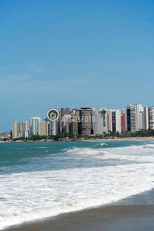 Praia de Meireles localizada na cidade de Fortaleza no estado do Ceara - 2013_02_27 ./Meireles is a Brazilian beach in the city of Fortaleza in Ceara state. Foto Claudio Pedroso/Argosfoto