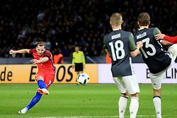 England's Harry Kane fires a free kick at goal  - Mandatory by-line: Matt McNulty/JMP - 26/03/2016 - FOOTBALL - Olympiastadion - Berlin, Germany - Germany v England - International Friendly