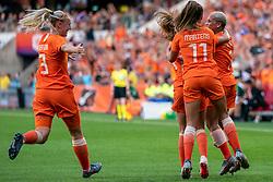 01-06-2019 NED: Netherlands - Australia, Eindhoven<br /> <br /> Friendly match in Philips stadion Eindhoven. Netherlands win 3-0 / Shanice van de Sanden #7 of The Netherlands score 1-0, Lieke Martens #11 of The Netherlands, Stefanie van der Gragt #3 of The Netherlands