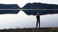 Andri Snær kastar flugu í Langasjó. Fishing at lake Langisjor.