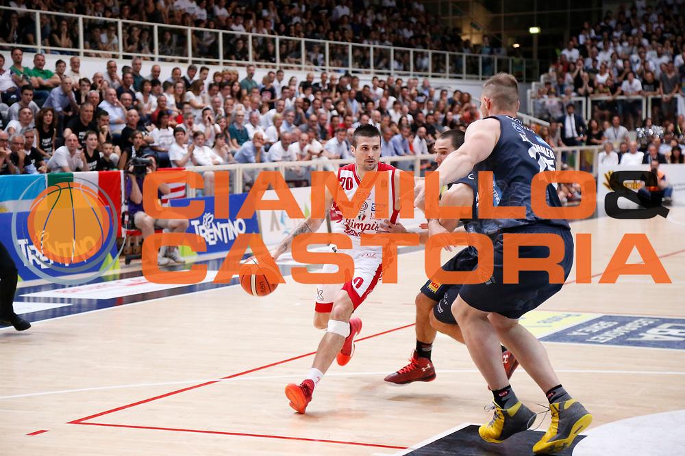 Cinciarini Andrea<br /> Dolomiti Energia Aquila Basket Trento - EA7 Emporio Armani Olimpia Milano<br /> Semifinale Gara 4, Lega Basket Serie A 2016/2017<br /> PalaTrento 31/05/2017<br /> Foto Ciamillo-Castoria / M.Brondi