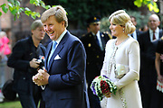 Koning Willem Alexander en Koningin Maxima op provinciebezoek in Groningen.<br /> <br /> King Willem Alexander and Queen Maxima visit the province of  Groningen<br /> <br /> Op de foto:  Stadswandeling van de Koning en Koningin door Groningen stad<br /> <br /> City tour of the King and Queen in Groningen city