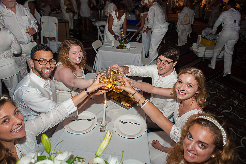 DINER EN BLANC NEW ORLEANS 2014: Diner En Blanc in New Orleans celebrates their 2nd year at the pop-up dinner at Hyatt Regency on Saturday, May 10, 2014.<br /> <br /> #DinerEnBlanc #Blanc2014 #BlancNOLA #Blanc2014 #DinerEnBlancNewOrleans2014