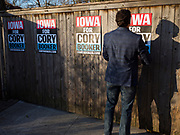 07 JANUARY 2020 - DES MOINES, IOWA: Booker is campaigning in Iowa to support his candidacy for the US Presidency. Iowa traditionally holds the first event of the presidential election cycle. The Iowa caucuses are Feb. 3, 2020.             PHOTO BY JACK KURTZ