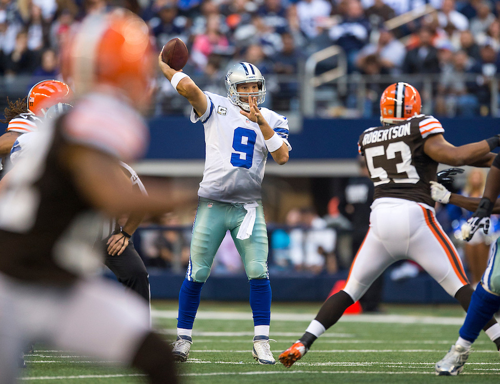 ARLINGTON, TX - NOVEMBER 18:  Tony Romo #9 of the Dallas Cowboys throws a pass against the Cleveland Browns at Cowboys Stadium on November 18, 2012 in Arlington, Texas.  The Cowboys defeated the Browns 23-20.  (Photo by Wesley Hitt/Getty Images) *** Local Caption *** Tony Romo