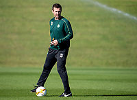 30/09/15<br /> CELTIC TRAINING<br /> LENNOXTOWN<br /> Celtic manager Ronny Deila prepares his side for Fenerbache.