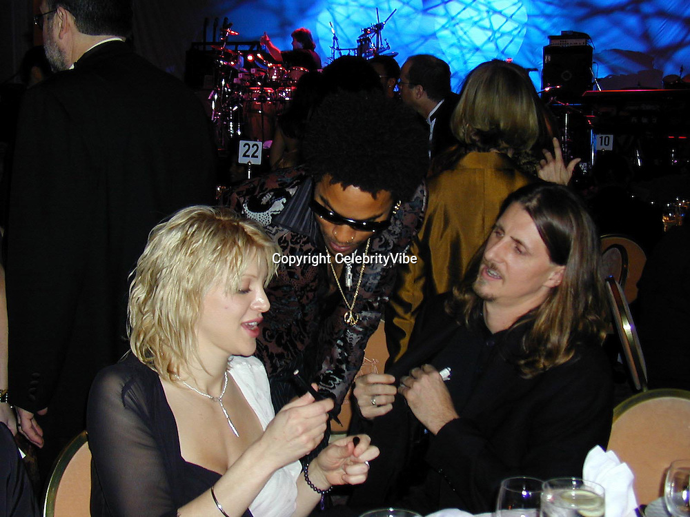 Courtney Love, Lenny Kravitz and Friend<br />