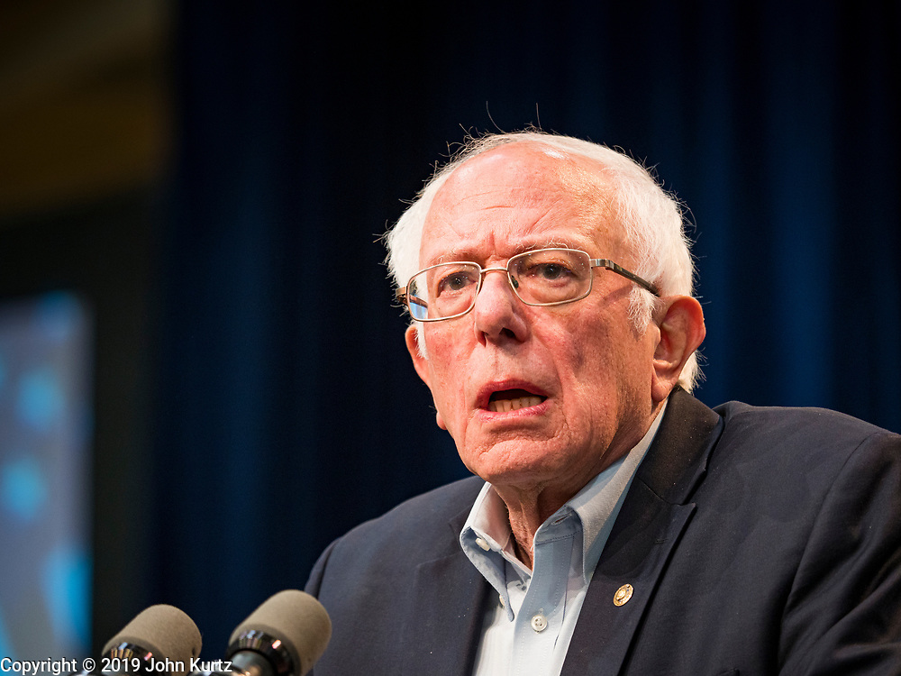 "09 NOVEMBER 2019 - DES MOINES, IOWA: US Senator BERNIE SANDERS (I-VT) speaks at a climate change town hall organized by Sanders' presidential campaign. Sanders and Rep. Alexandria Ocasio-Cortez hosted the ""Climate Crisis Summit"" at Drake University in Des Moines. More than 2,000 people attended the event. Sanders, an independent, is running to be the Democratic nominee for the 2020 US Presidential election. Iowa holds the first in the country selection contest with state caucuses on Feb. 3, 2020.               PHOTO BY JACK KURTZ"