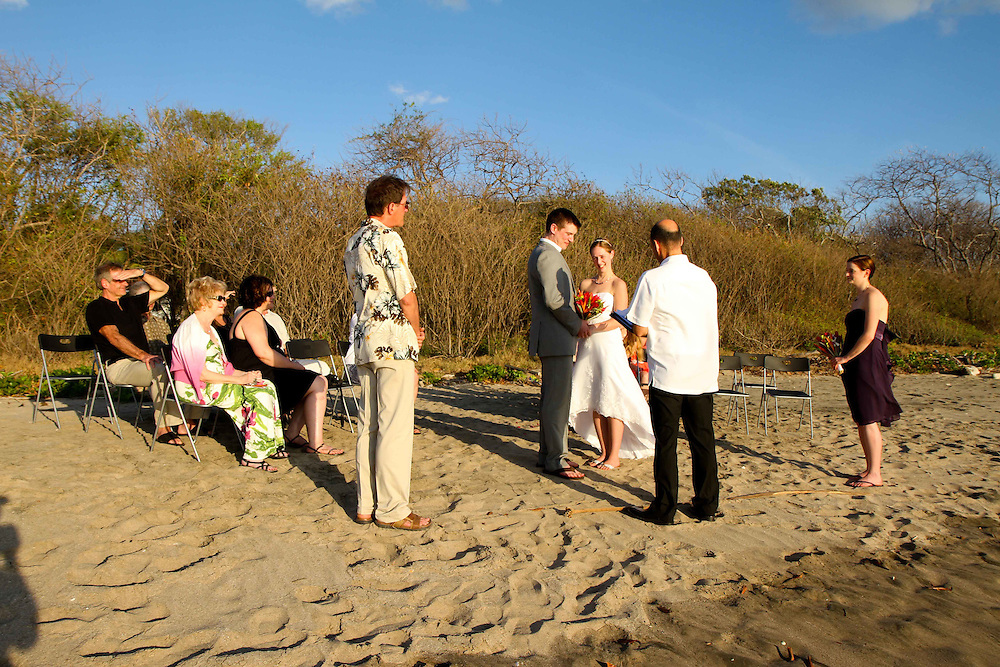 The Hotel Bula Bula at Playa Grande, Costa Rica is the setting for this quaint wedding. Playa Grande's long white sand beach is a romantic backdrop for amazing tropical wedding photos.