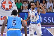 DESCRIZIONE : Beko Legabasket Serie A 2015- 2016 Dinamo Banco di Sardegna Sassari -Vanoli Cremona<br /> GIOCATORE : MarQuez Haynes<br /> CATEGORIA : Palleggio Schema Mani<br /> SQUADRA : Dinamo Banco di Sardegna Sassari<br /> EVENTO : Beko Legabasket Serie A 2015-2016<br /> GARA : Dinamo Banco di Sardegna Sassari - Vanoli Cremona<br /> DATA : 04/10/2015<br /> SPORT : Pallacanestro <br /> AUTORE : Agenzia Ciamillo-Castoria/L.Canu