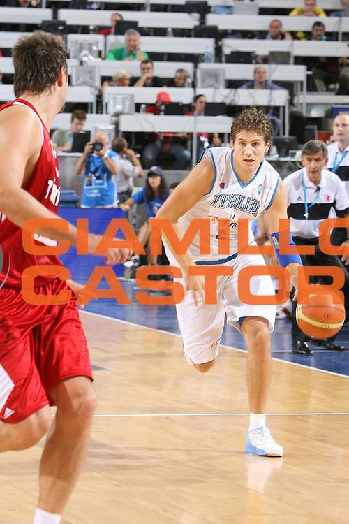 DESCRIZIONE : Madrid Spagna Spain Eurobasket Men 2007 Qualifying Round Italia Turchia Italy Turkey <br /> GIOCATORE : Stefano Mancinelli <br /> SQUADRA : Nazionale Italia Uomini Italy <br /> EVENTO : Eurobasket Men 2007 Campionati Europei Uomini 2007 <br /> GARA : Italia Turchia Italy Turkey <br /> DATA : 10/09/2007 <br /> CATEGORIA : Palleggio <br /> SPORT : Pallacanestro <br /> AUTORE : Ciamillo&amp;Castoria/E.Castoria <br /> Galleria : Eurobasket Men 2007 <br /> Fotonotizia : Madrid Spagna Spain Eurobasket Men 2007 Qualifying Round Italia Turchia Italy Turkey <br /> Predefinita :