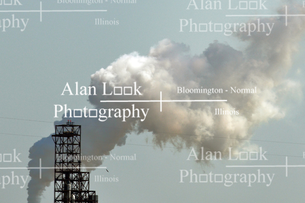 Smoke rises from a oil refinement plant in Illinois