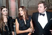 AMBER LE BON; YASMIN LE BON; SIMON LE BON, British Fashion awards 2009. Supported by Swarovski. Celebrating 25 Years of British Fashion. Royal Courts of Justice. London. 9 December 2009
