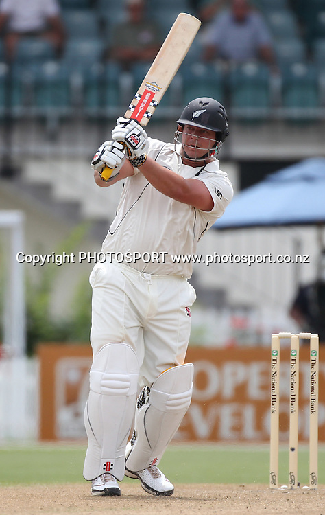 New Zealand batsman Jesse Ryder in action batting. New Zealand Black Caps v Pakistan, Test Match Cricket. Day 1 at Seddon Park, Hamilton, New Zealand. Friday 7 January 2011. Photo: Andrew Cornaga/photosport.co.nz