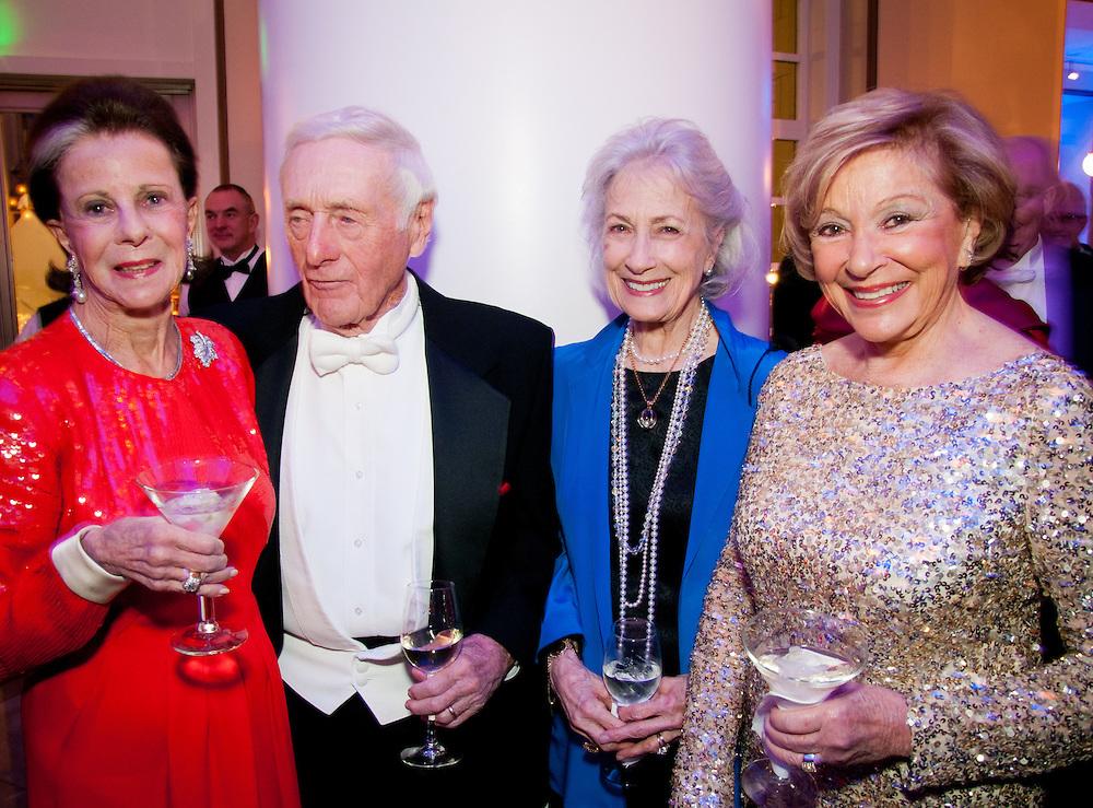 Annette Eskind, John and Delores Seigenthaler, Shirley Zeitlin