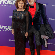 NLD/Amsterdam/20190415 - Filmpremiere première Baantjer het Begin, Henriette Tol en partner Rob Snoek