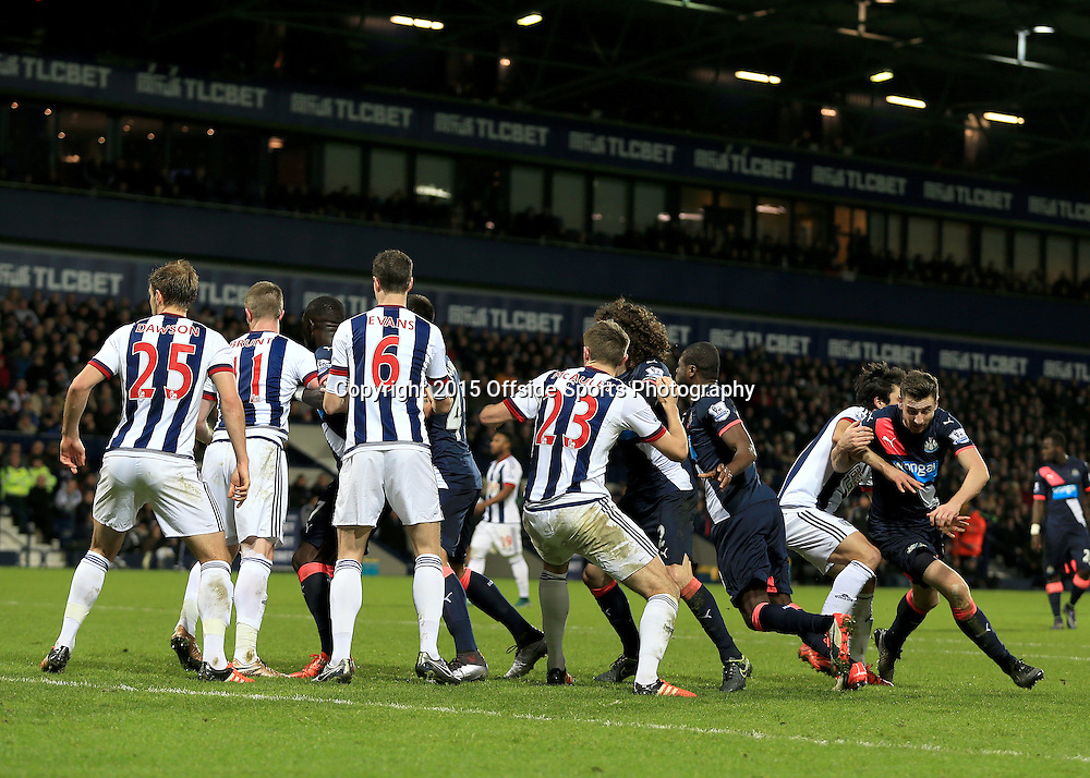 28th December 2015 - Barclays Premier League - West Bromwich Albion v Newcastle United - Players jostle at a corner - Photo: Paul Roberts / Offside.