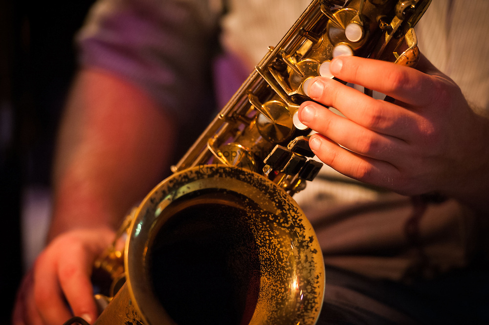 2015 December 02 - Tenor saxophone being played at a jazz performance, Seattle, WA, USA. By Richard Walker