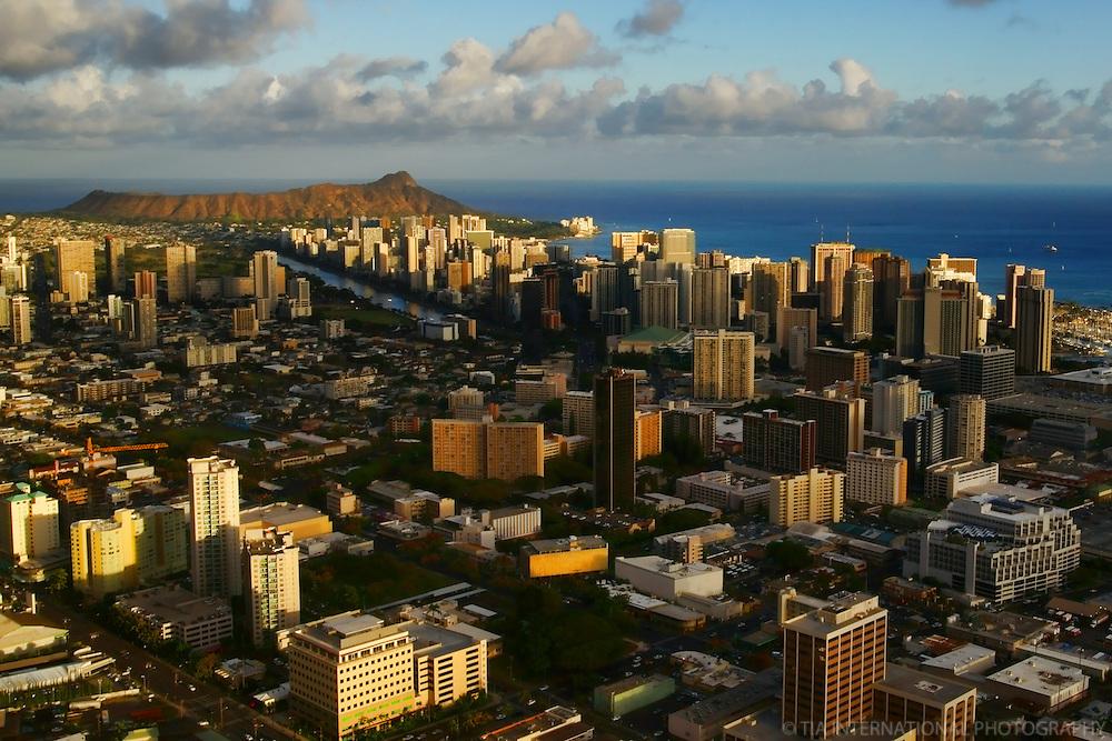 Downtown Honolulu, Waikiki & Diamond Head Crater