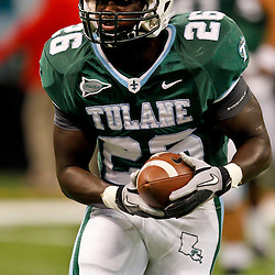 November 10, 2011; New Orleans, LA, USA;  Tulane Green Wave running back Orleans Darkwa (26) against the Houston Cougars at the Mercedes-Benz Superdome.  Mandatory Credit: Derick E. Hingle-US PRESSWIRE