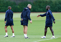14.09.2010, Trainingsplatz Arsenal, London, ENG, PL, Arsenal Training, im Bild Arsene Wenger, Manager of Arsenal having words with Arsenal's Bacary Sagna.at London Colney Training Centre, London. EXPA Pictures © 2010, PhotoCredit: EXPA/ IPS/ Kieran Galvin +++++ ATTENTION - OUT OF ENGLAND/UK +++++ / SPORTIDA PHOTO AGENCY
