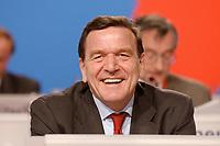 """10 MAR 2002, MAGDEBURG/GERMANY:<br /> Gerhard Schroeder, SPD, Bundeskanzler, gemeinsamer Parteitag der ostdeutschen SPD Landesverbaende unter dem Motto:""""Richtung Zukunft. Politik fuer Ostdeutschland."""", Hotel Maritim<br /> IMAGE: 20020310-01-089<br /> KEYWORDS: Party congress, Gerhard Schröder, Lacht, lachen"""