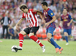 25.05.2012, Vicente Calderon Stadion, Madrid, ESP, Kings Cup Finale, FC Barcelona vs Athletic Bilbao, im Bild Athletic de Bilbao's Borja Ekiza against Barcelona's Pedro Rodriguez // during the Spanish Kings Cup final match between Fc Barcelona and Athletic Bilbao at the Vicente Calderon Stadium, Madrid, Spain on 2012/05/25. EXPA Pictures © 2012, PhotoCredit: EXPA/ Alterphotos/ Alvaro Hernandez..***** ATTENTION - OUT OF ESP and SUI *****