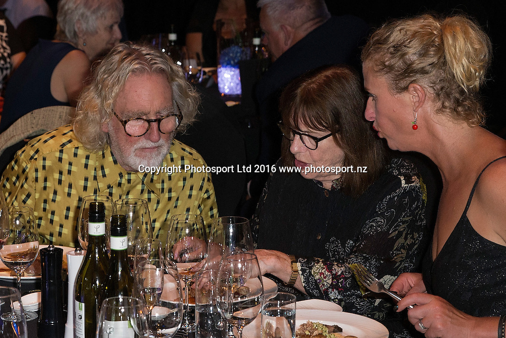 Dick Frizzell, Simply Nigella, Langham Hotel, Auckland, New Zealand, Monday, January 25, 2016. Copyright photo: David Rowland / www.photosport.nz