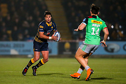 Francois Venter of Worcester Warriors takes on Cadan Murley of Harlequins - Mandatory by-line: Robbie Stephenson/JMP - 23/11/2018 - RUGBY - Sixways Stadium - Worcester, England - Worcester Warriors v Harlequins - Gallagher Premiership Rugby