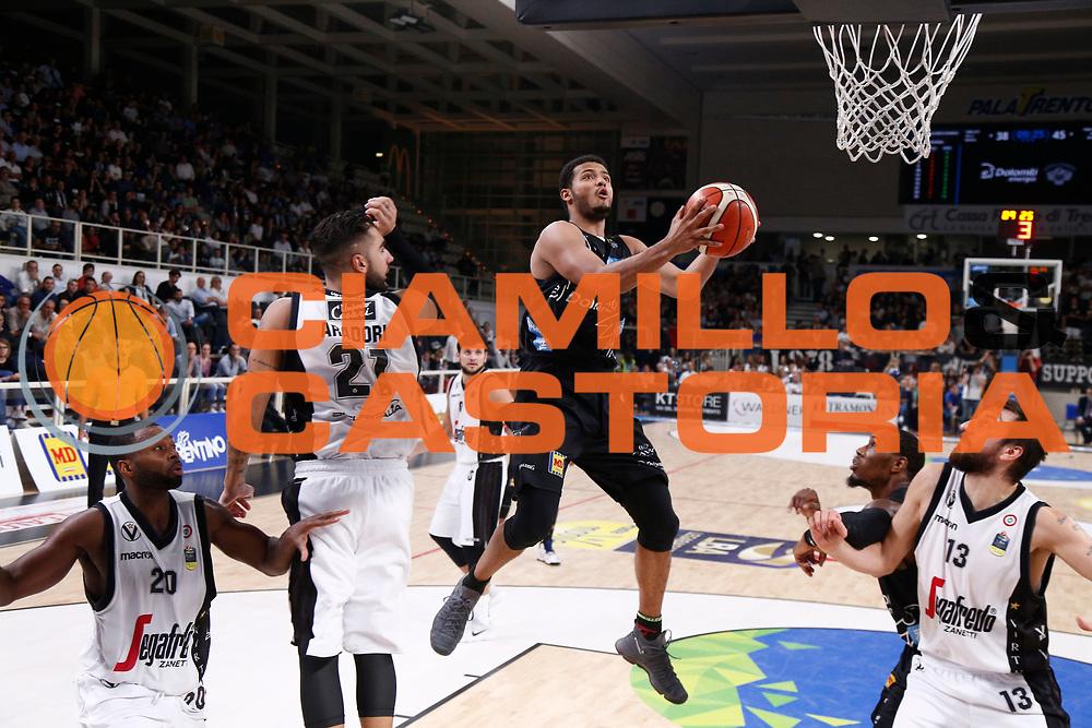 Shields Shavon<br /> Dolomiti Energia Trentino - Virtus Segafredo Bologna<br /> Lega Basket Serie A 2017/2018<br /> Trento, 30/09/2017<br /> Foto M.Brondi / Ciamillo - Castoria