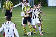 NEMELAER - WILLEM II<br /> Vriendschappelijk duel na afloop van het seizoen<br /> Ali Messaoud<br /> Foto : Geert van Erven