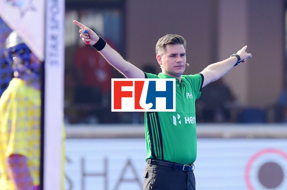 Odisha Men's Hockey World League Final Bhubaneswar 2017<br /> Match id:04<br /> Netherlands vs Spain<br /> Foto: Umpire Ben Goentgen<br /> WORLDSPORTPICS COPYRIGHT FRANK UIJLENBROEK