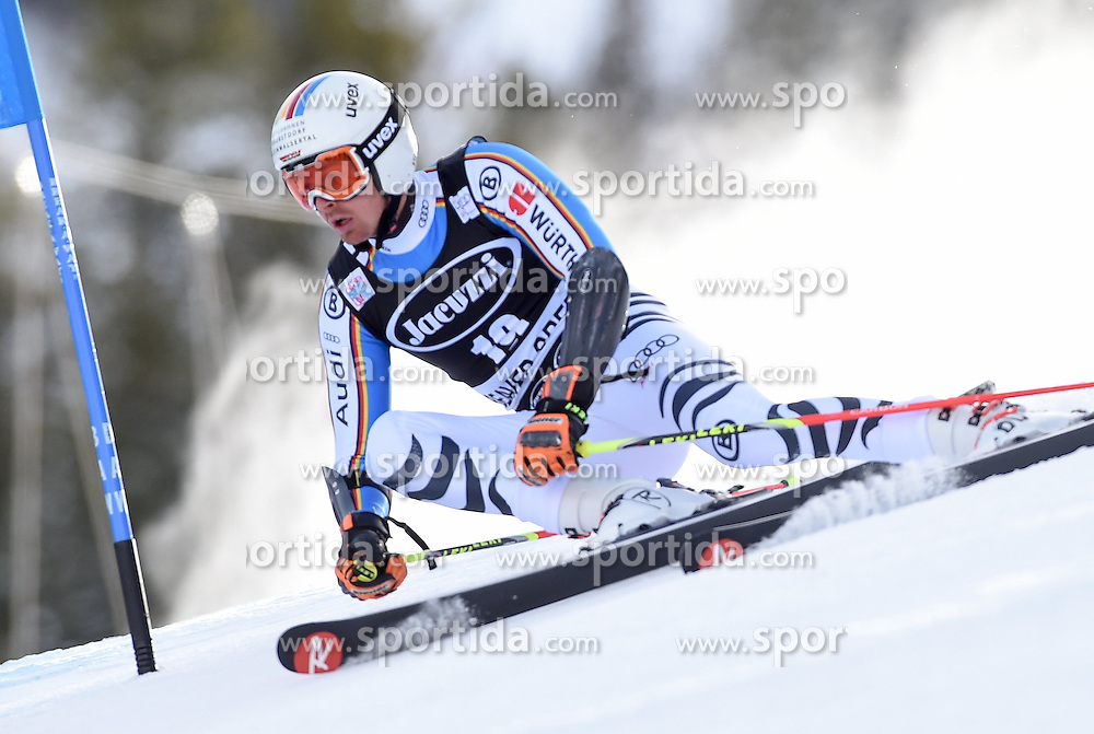06.12.2015, Birds of Prey Course, Beaver Creek, USA, FIS Weltcup Ski Alpin, Beaver Creek, Riesenslalom, Herren, 1. Lauf, im Bild Stefan Luitz (GER) // Stefan Luitz of Germany during the first run of mens Giant Slalom of the Beaver Creek FIS Ski Alpine World Cup at the Birds of Prey Course in Beaver Creek, United States on 2015/12/06. EXPA Pictures © 2015, PhotoCredit: EXPA/ Erich Spiess