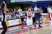 DESCRIZIONE : Pesaro Lega A 2011-12 Scavolini Siviglia Pesaro EA7 Emporio Armani Milano Semifinali Play off gara 4<br /> GIOCATORE : Daniel Hackett<br /> CATEGORIA : esultanza scelta<br /> SQUADRA : Scavolini Siviglia Pesaro<br /> EVENTO : Campionato Lega A 2011-2012 Semifinale Play off gara 4<br /> GARA : Scavolini Siviglia Pesaro EA7 Emporio Armani Milano<br /> DATA : 04/06/2012<br /> SPORT : Pallacanestro <br /> AUTORE : Agenzia Ciamillo-Castoria/C.De Massis<br /> Galleria : Lega Basket A 2011-2012  <br /> Fotonotizia : Pesaro Lega A 2011-12 Scavolini Siviglia Pesaro EA7 Emporio Armani Milano Semifinale Play off gara 4<br /> Predefinita :