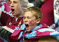 Photo: Chris Ratcliffe.<br />Liverpool v West Ham United. The FA Cup Final. 13/05/2006.<br />West Ham fans get in the mood.