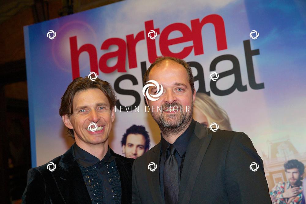 AMSTERDAM - In het Tuschinski theater is de nieuwe Nederlandse film 'Harten Straat' in premiere gegaan. Met op de rode loper   Kees Boot en Hans Ubbink. FOTO LEVIN DEN BOER - PERSFOTO.NU