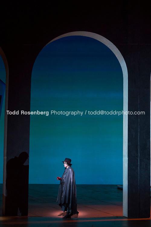 10/4/17 1:22:21 PM -- Lyric Opera Chicago Presents <br /> Giuseppe Verdi's Rigoletto <br /> <br /> &copy; Todd Rosenberg Photography 2017