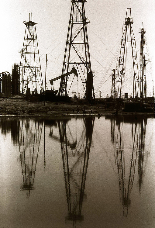 Baku Oil Fields - Old Soviet era fields are all but deserted these days..