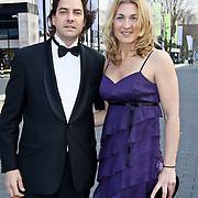 NLD/Hilversum/20100322 -  Inloop schaatser van het jaar verkiezing, Barbara de Loor en partner ...