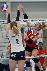 20190112 NED: Sliedrecht Sport - VC Sneek: Sliedrecht<br />Brechtje Kraaijvanger (2) of Sliedrecht Sport, Roos van Wijnen (11) of VC Sneek<br />©2019-FotoHoogendoorn.nl / Pim Waslander