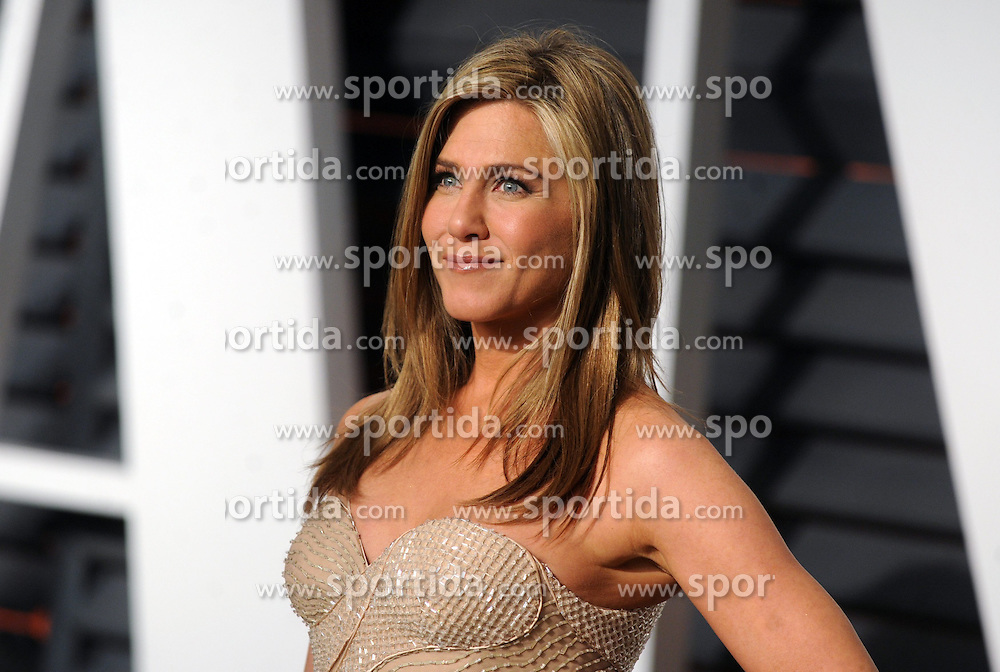 Jennifer Aniston in attendance for 2015 Vanity Fair Oscar Party Hosted By Graydon Carter at Wallis Annenberg Center for the Performing Arts on February 22, 2015 in Beverly Hills, California. EXPA Pictures &copy; 2015, PhotoCredit: EXPA/ Photoshot/ Dennis Van Tine<br /> <br /> *****ATTENTION - for AUT, SLO, CRO, SRB, BIH, MAZ only*****