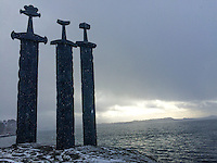 Three enormous bronze swords stand monument to the battle of Hafrsfjord in the year 872, when Harald H&aring;rfagre (Fairheaded Harald) united Norway into one kingdom. The monument was designed by Fritz R&oslash;ed (1928 - 2002) from Bryne, just south of Stavanger. It was unveiled by Norway's King Olav in 1983.<br />