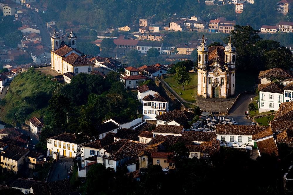 Ouro Preto_MG, Brasil...Vista panoramica de Ouro Preto, com destaque para a Igreja Sao Francisco de Assis...The panoramic view of Ouro Preto with Sao Francisco de Assis church in detail...Foto: LEO DRUMOND / NITRO