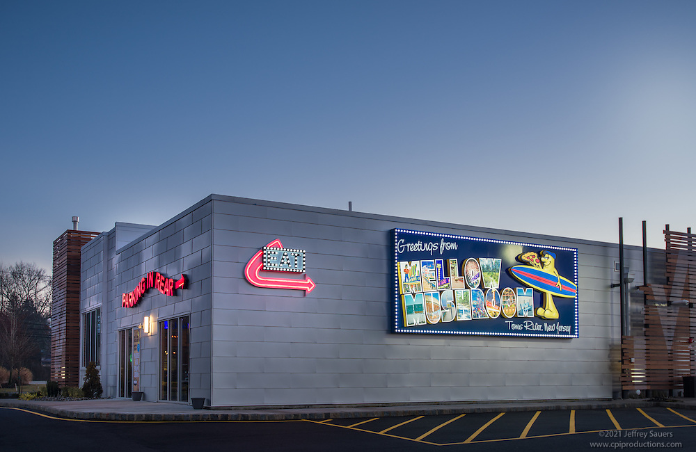 Architectural image of Tom's River New Jersey Mellow Mushroom Restaurant by Jeffrey Sauers of Commercial Photographics, Architectural Photo Artistry in Washington DC, Virginia to Florida and PA to New England