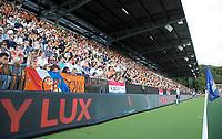 AMSTELVEEN -   Volle nieuwe hoofdtribune van het Wagener Stadion  tijdens de finale Belgie-Nederland (2-4) bij de Rabo EuroHockey Championships 2017.   COPYRIGHT KOEN SUYK