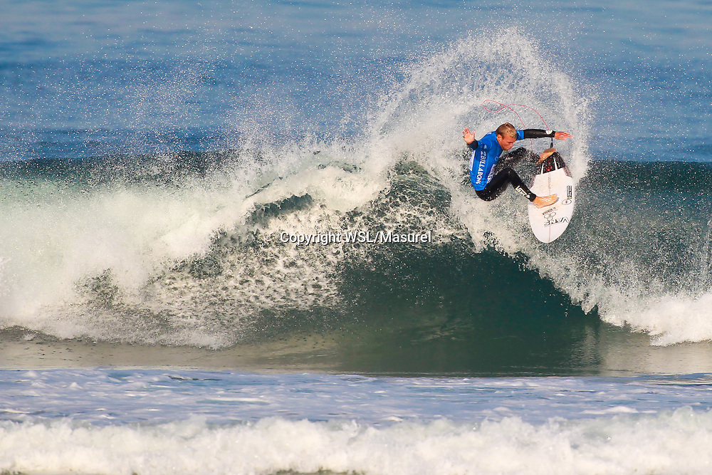 Tanner Gudauskas (USA). Cascais 2015<br /> hird round of the QS10,000 Allianz Billabong Pro Cascais on Wednesday, September 30, 2015.<br /> Photo credit: Laurent Masurel / www.worldsurfleague.com