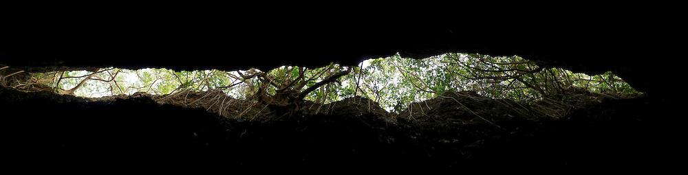 The Threads of Sky at the Wild Boar Trench on Little Liuqiu Island are quite interesting.